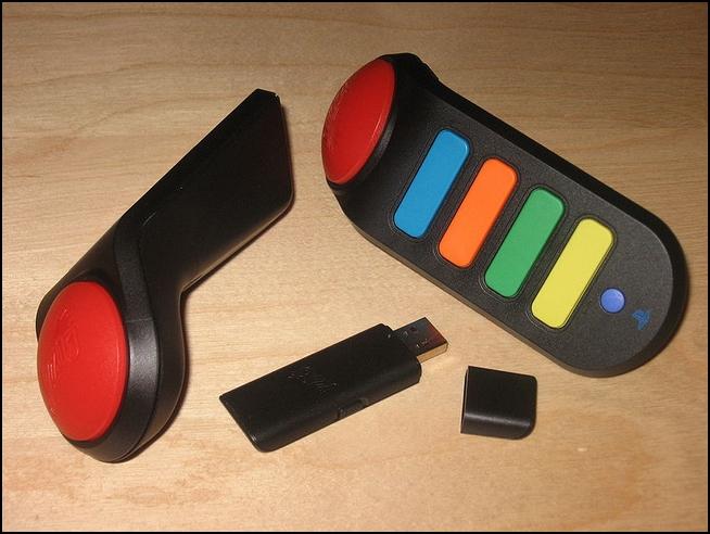 playstation_2_3_wireless_buzzer